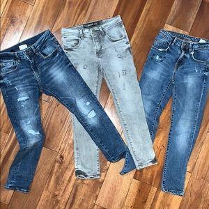 Zara Size 7 skinny jeans.
